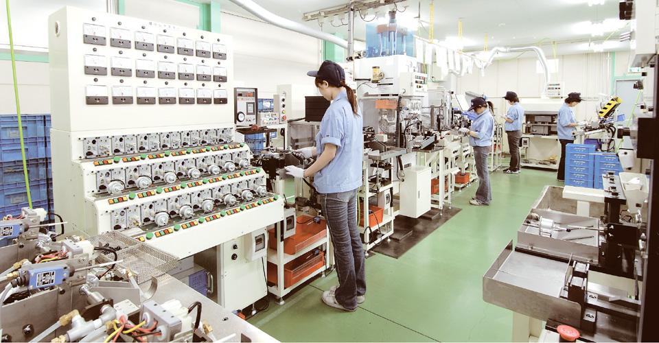 生産性の高い工場風景
